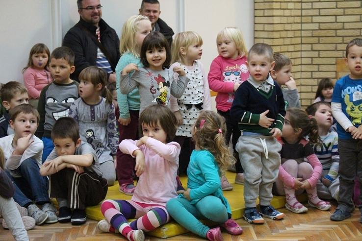 <p>Centar za predškolski odgoj Osijek – Dječji vrtić Osijek je objavio predupis djece u program odgoja i obrazovanja za pedagošku godinu 2015./2016. na području grada Osijeka i Čepina.</p>