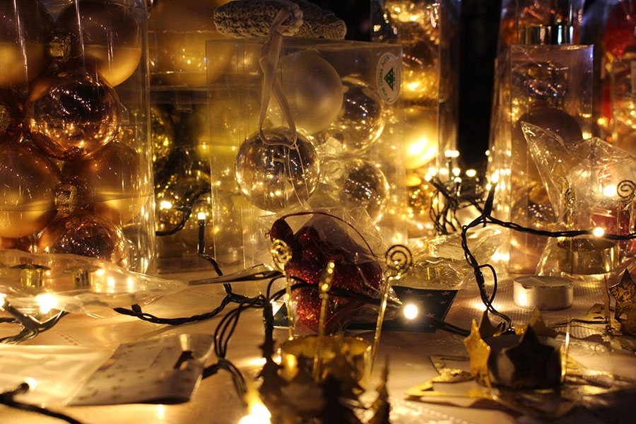<p>Dragi naši mještani, s veseljem najavljujemo 4. Božićni sajam u Čepinu koji će se održati u razdoblju od 16. – 18. prosinca. I ove godine želja nam je da sajam bude prezentacija rada naših udruga, ali i svih onih koji imaju kreativne ideje. Stoga vas pozivamo da svojim dolaskom uljepšate cjelokupni program ovogodišnjeg sajma.</p>
