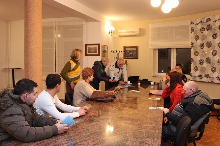 <p>Policijska postaja Čepin je organizirala predavanje na temu 'Zajedno u zaštiti osobne imovine', koje su 26. siječnja u prostoru općine Čepin održali policijski službenici Odjela za prevenciju PU Osječko-baranjske.</p>