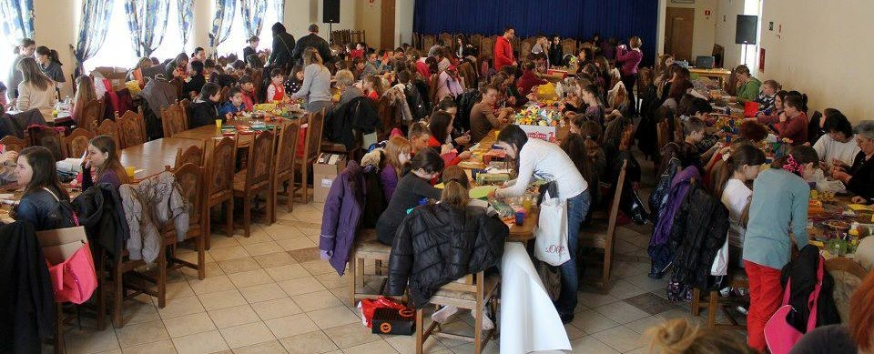 <p style='text-align: justify;'>Korizmeno vrijeme ove godine Čepin je obilježio zajedničkom humanitarnom akcijom dviju osnovnih škola.</p>
