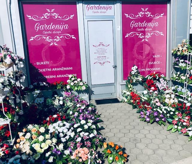 Gardenija cvjetni dizajn